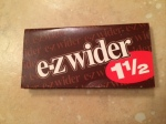 rolling papers - E-Z Wider 1-1/2