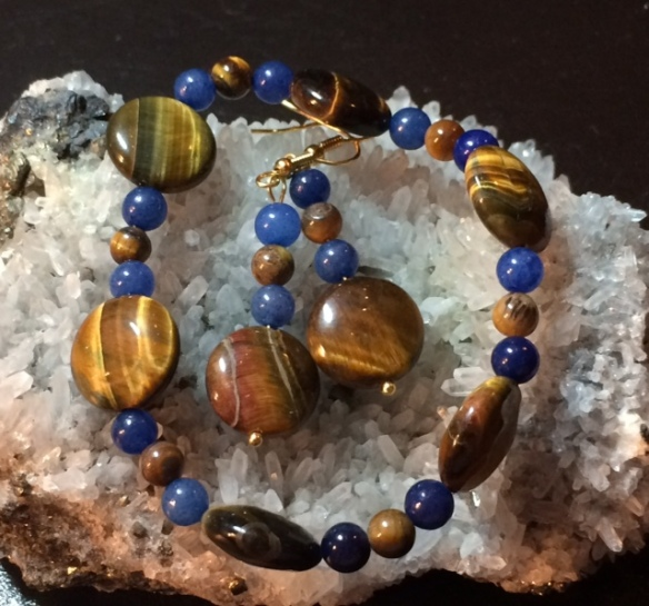 Tiger's Eye and Blue Aventurine stretch bracelet and earrings set